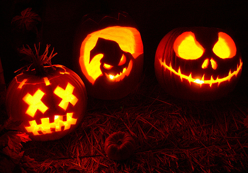 Labels holidays inspiration for Cool easy ways to carve a pumpkin